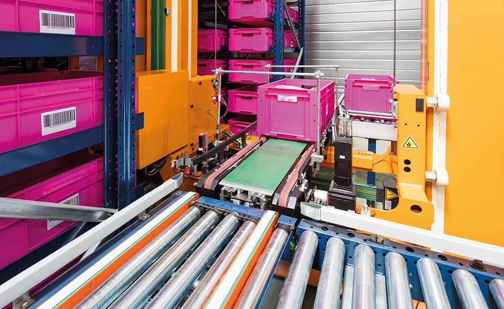 La compañía ha confiado en la automatización que ofrece la bodega de cajas miniload de Mecalux para gestionar el proceso logístico de su centro ubicado en Francia