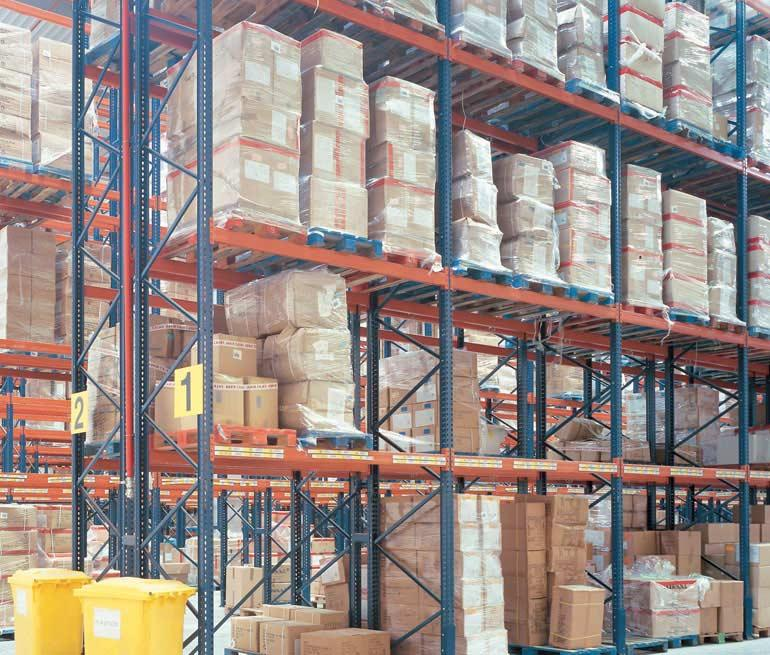 Bodega logística de distribución de productos alimentarios.