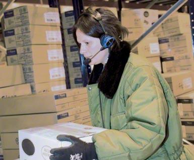 """Sistema """"voice picking"""" aplicado actualmente a un centro logístico automatizado para el almacenaje y distribución de productos congelados."""