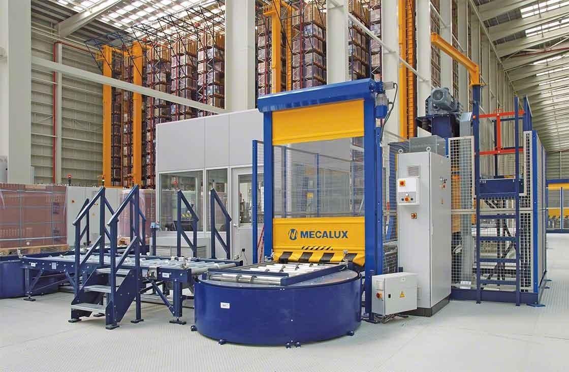 En bodegas automáticas, el puesto de inspección de pallets se encarga de realizar el control de calidad tras la recepción de mercaderías