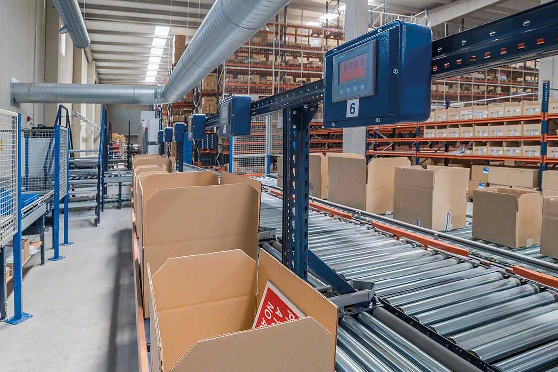 Conviene estandarizar el embalaje para acelerar el acondicionamiento de pedidos en el marco de las labores de picking en e-commerce